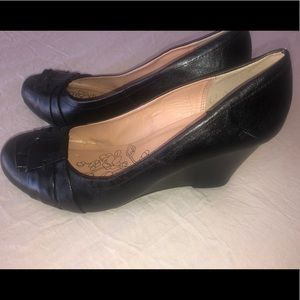 Black Wedges by CL Chinese Laundry sz 9